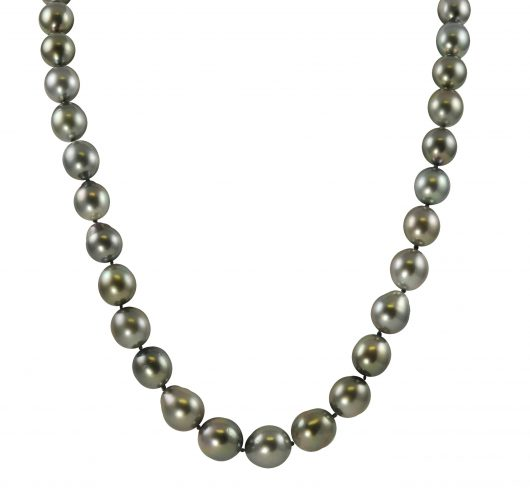 "18"" strand of tahitian pearls"