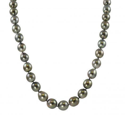 "18"" strand of tahitian pearls"